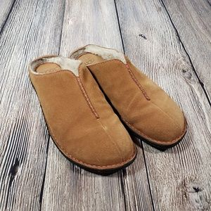 UGG slip on tan suede mules shearling lined size 9